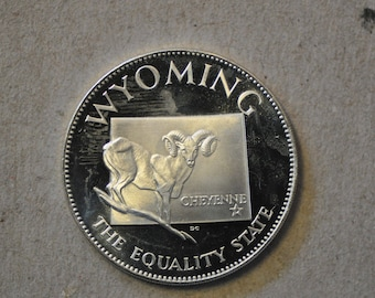 1970 Franklin Mint Wyoming States of the Union Series Sterling Silver .45oz