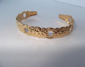 Vintage ONEIDA Open Bangle, Bracelet, Cuff, Gold Tone