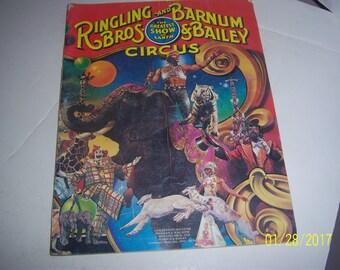 1981 Ringling Bros Barnum & Bailey Circus Souvenir Program Paper Ephemera