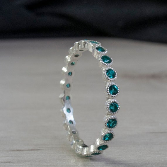 band eternity sided rings jaimie jewelry geller em yg emerald bands