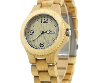 Maple wood watch with luminous pointer in a gift box