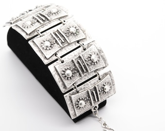 Antique Silver Plated Vintage Bracelet with Adjustable Length Silver Bracelet Fashion Bracelet Handmade