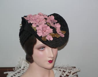 1940's Black Straw Tilt Hat with Dusty Rose Flowers by Victoria NY
