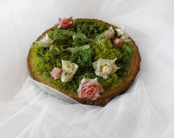 Customizable moss ring bearer, ring holder decorated with your flowers, rustic moss ring holder, rustic ring holder, wedding accessories