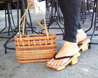 Platform wood clog sandals, women slippers, beach slip on Indian sandals, summer shoes, boho Geta sandals, Japanese shoes wooden handmade