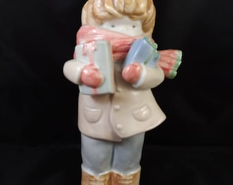 Kinka Figurine Boy with Christmas Presents