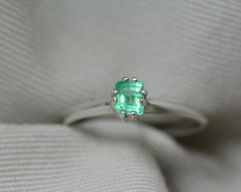 Emerald Ring, Colombian Emerald Solitaire Ring 0.31 Carats Appraised At 350.00, Sterling Silver, Genuine Real Natural Emerald Jewelry