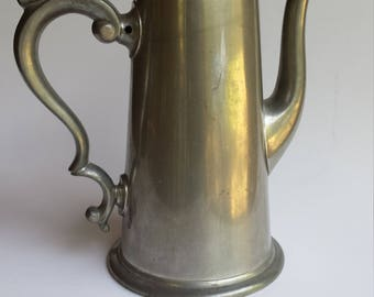 Vintage VINERS of Sheffield English Pewter coffee pot, Made in england