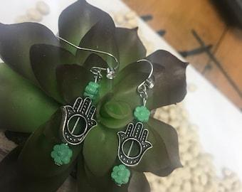 Hamsa and tiny flower earring set