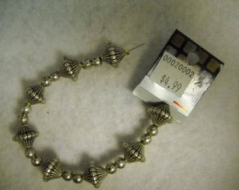 Metal beads and spacer beads 8 lg/strand