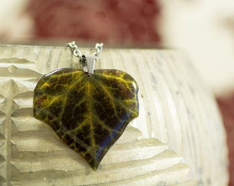 Dark ivy leaf necklace, big. Free gift box. Made in UK