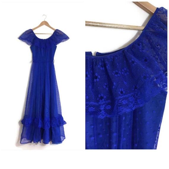 Vintage blue ruffle drsss / boho blue lace maxi dress / vintage summer festival dress / 70s blue net prom dress / blue wedding dress