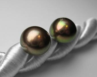 Pearl / Stud Earrings / Freshwater/ Cultured Pearls / Sterling / June Birthstone