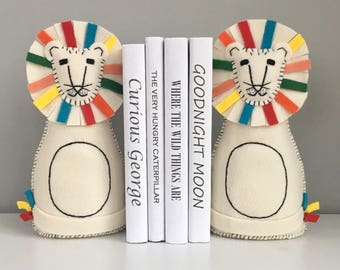 Lion bookends, children's bookends, set of two, Children's decor, bookends, colorful lions, decor, nursery room decor, felt, handsewn