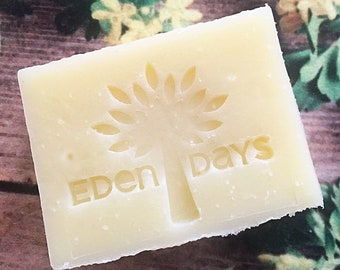 100% Natural Artisan Soap - Vegan - Organic - Untainted Love  100g e