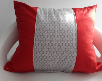 30 x 35 cm red and taupe pillow cover