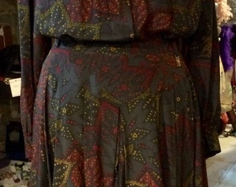 1980's Etienne Aigner silk suit, blouse and skirt. Size S/M.