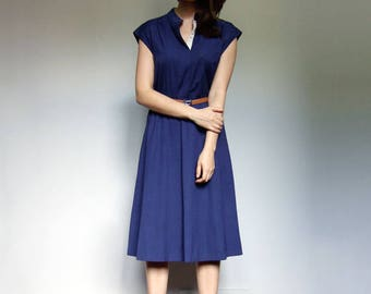 Minimalist Dress Vintage Blue Dress 70s Sundress Simple Summer Dress - Medium to Large M L