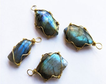 moonstone labradorite Necklace pendant with vintage hand-knitting.