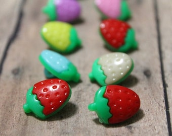 Strawberry buttons-Set of 12-Colorful Strawberry buttons-Fruit buttons-Srawberry decor-Small sewing buttons