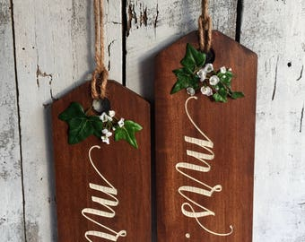 Door Tags, Mr and Mrs Hanging Tags, Large Door Tags, Wedding Signs, Chair Signs, Bride and Groom, Rustic Wedding Tags