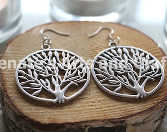 Gorgeous elegant tree earrings