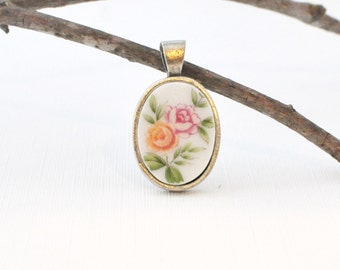 Broken Plate Pendant - Recycled - Fine China - Floral - Romantic