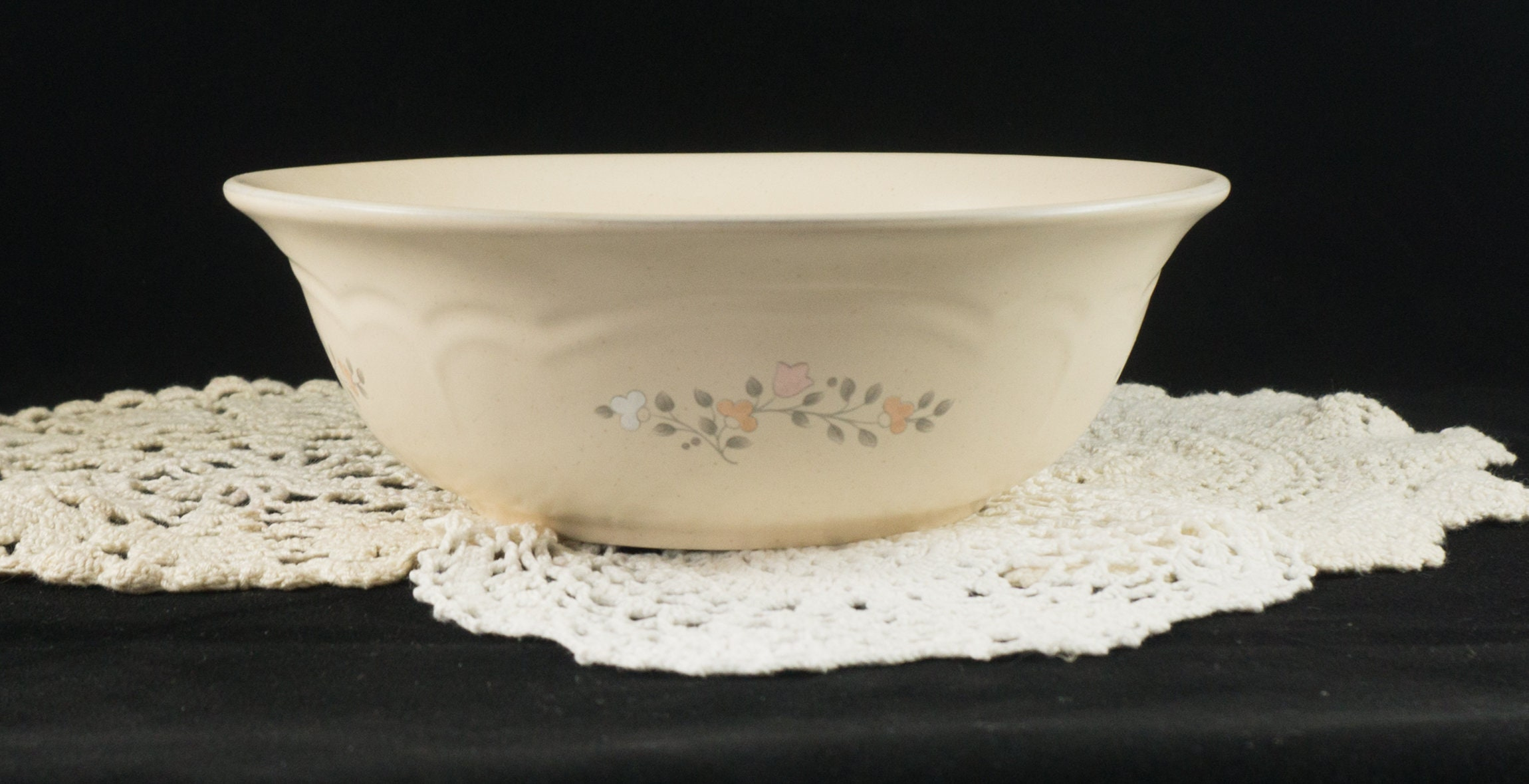 Pfaltzgraff Remembrance Pattern 8-3/4 Vegetable Bowl Discontinued