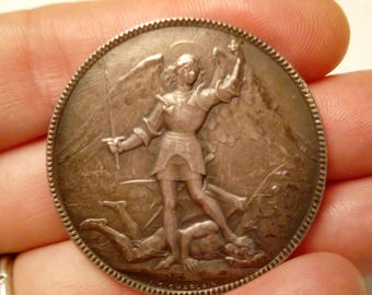 1918's Medal release of the city (Brussels) - Archangel Michael slaying the devil