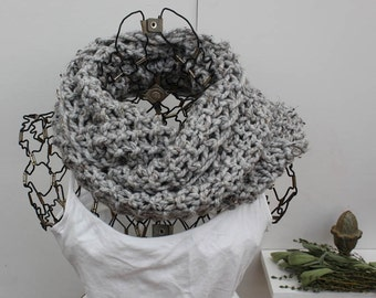 Dove Gray Chunky Knit Infinity Scarf Loose Knit Chunky Infinity Scarf The Emma C Grey Infinity Scarf Fashion Cowl Knit Neck Warmer Scarf
