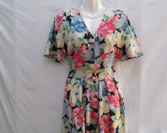 Vintage Floral Summer Dress,Colorful Flower Print Dress,Short Sleeves Waist Ribbon Viscose Dress,Buttons Front Midi Dress Size D 42,GB 16