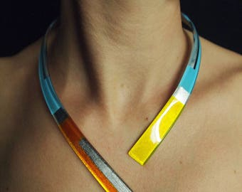 """""""Minimal Structure"""" three shades and silver leaf necklace"""