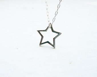 Silver Star Necklace in Sterling Silver - Sweet, Dainty Silver Floating Star Necklace