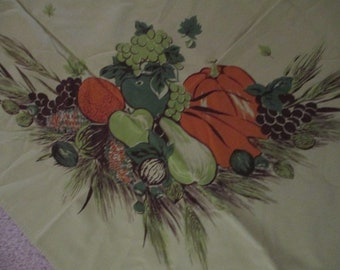 Vtg CALIFORNIA HANDPRINTS TABLECLOTH Green Autumn Harvest Pumpkins, 60 X 53