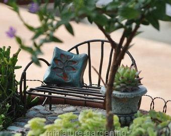 Metal Vine Bench for Miniature Garden, Fairy Garden