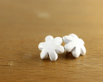 Metal Buttons - White Flower Metal Shank Buttons , 0.39 inch , 10 pcs
