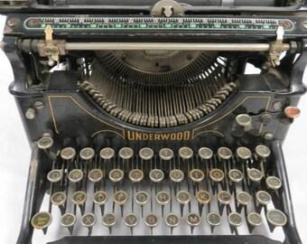 1918 Underwood Typewriter