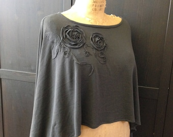 Lagenlook Poncho Gray Roses Long Lightweight Cape Charcoal