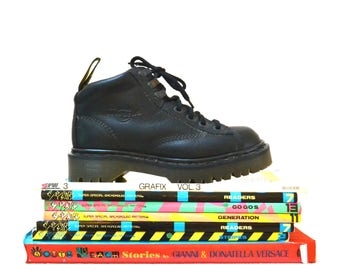 Amazing 90s Black Dr Martens Boots Size Women 6  6 1/2 7// Vintage Doc Marten Black Boots UK Size 4 Made in England