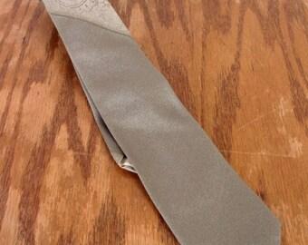 """vtg 50s Palais Royal ROCKABILLY Silver Paisley Silk Skinny Tie Necktie 54"""" 2"""""""