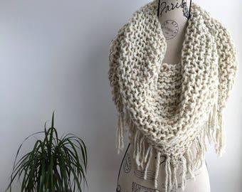 Cream wheat Triangle fringed scarf shawl, cream wheat tweed triangle scarf, triangle scarf, fringe, fringe scarf, triangle fri