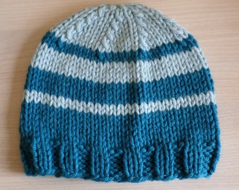 striped chunky wool kids hat size 6/10 years