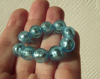 2 BEAUTIFUL SKY BLUE, ROUND, 10 MM SILVER FOIL MURANO GLASS BEADS.