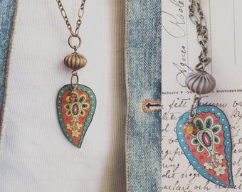 """Tin Jewelry Necklace """"Paisley Proud"""" Tin for the Ten Year Tenth Wedding Anniversary"""