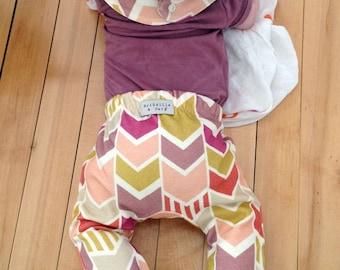 Modern baby pants sewing pattern // photo tutorial // digital download // 0M- 6T // #21