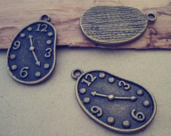 10pcs antique bronze footprints clock pendant Charms 17mmx28mm