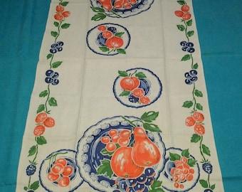 Vintage Tea Towel, Fruit Design,  Apples, Pears, Grapes, Retro, kitchen kitsch, FREE Shipping!