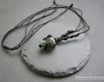 Emerald pendant, Taurus necklace, braided macrame amulet, heart chakra stone, may birthstone, harmony gemstone, gift for him, men jewelry