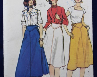 Skirt Sewing Pattern in Size 12 - Vogue 7535