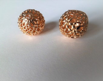 Large round gold plated beads